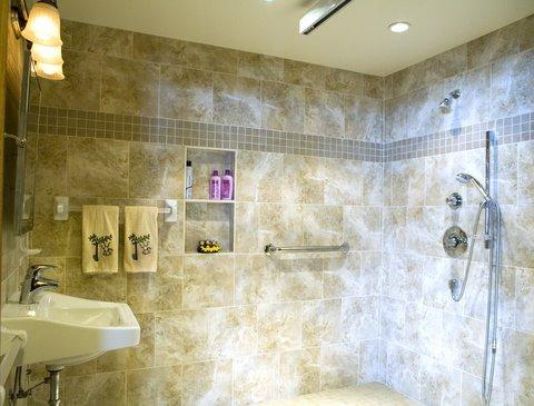 picture: universal desgin bathroom, accessible