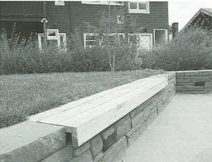 visitable-garden-transfer-bench